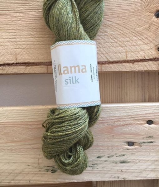 llama silk 12218